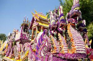 Фестиваль в чианг май миниатюра