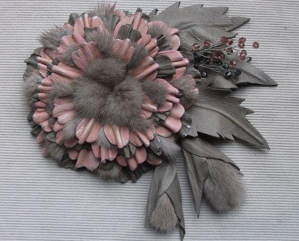 брошки в виде цветов